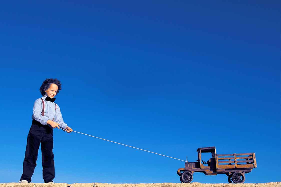 Bambino con corda