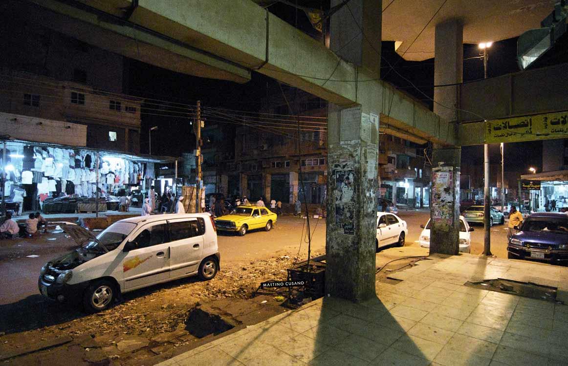 vie del centro di notte a khartoum